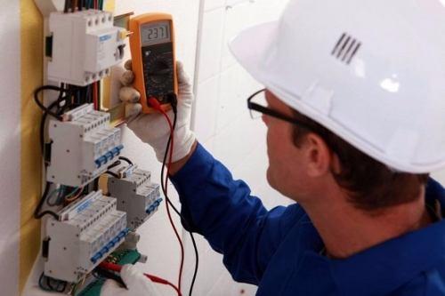 NR-10 Segurança e serviços em Eletricidade